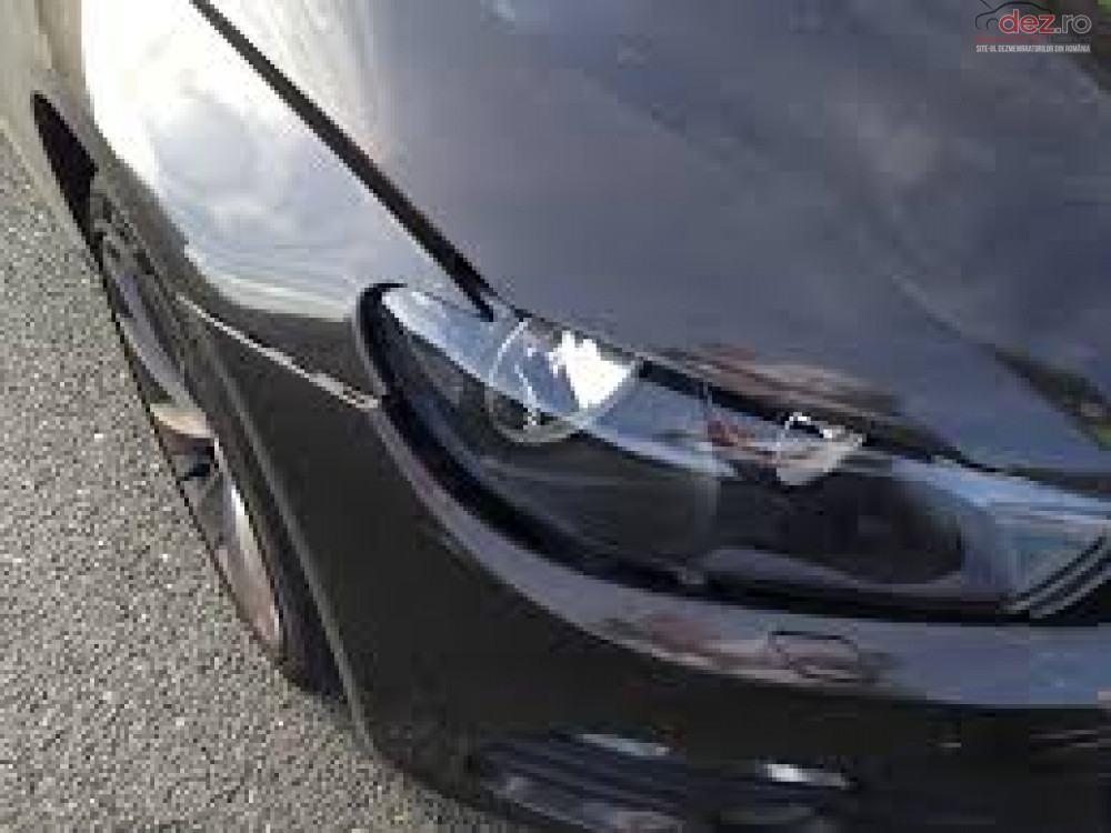 Cumpar Volkswagen Scciroco din 2010, avariat in fata, spate, lateral(e) Mașini avariate în Bucuresti, Bucuresti Dezmembrari