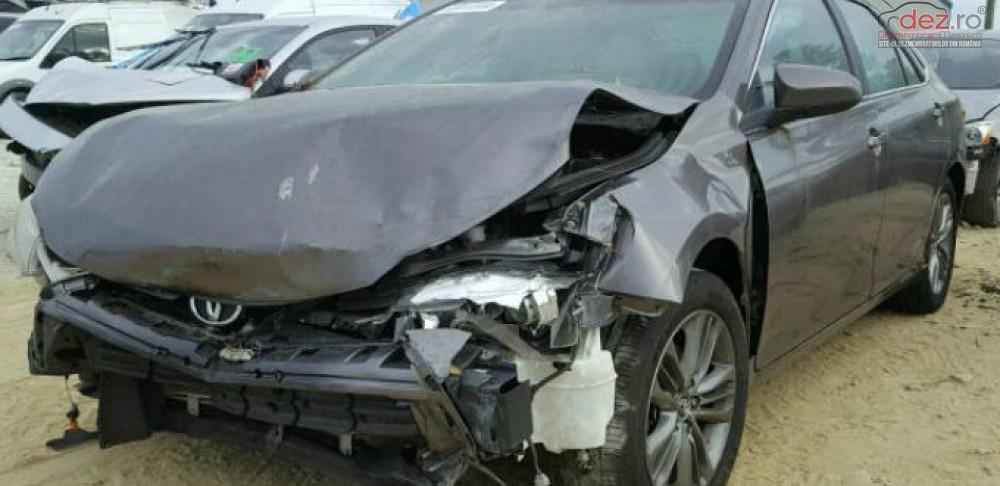 Cumpar BMW 320 din 2010, avariat in fata, spate, lateral(e) Mașini avariate în Bucuresti, Bucuresti Dezmembrari