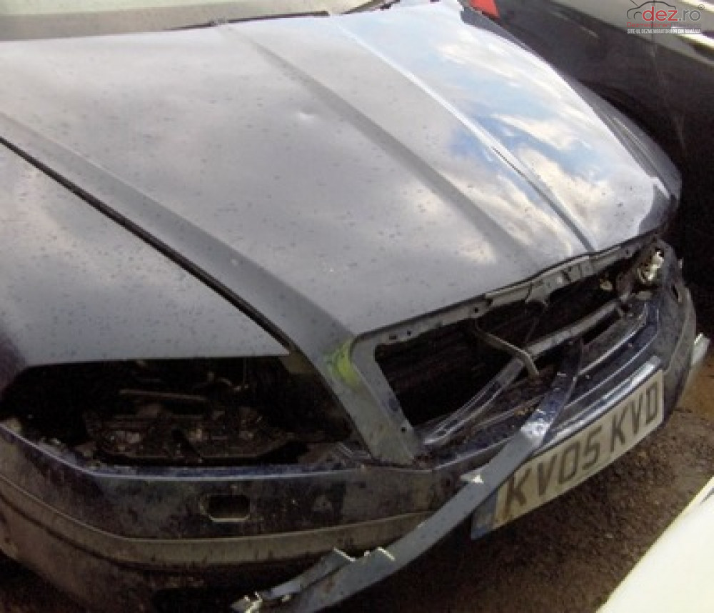 Cumpar Skoda Octavia din 2013, avariat in fata, spate, lateral(e) Mașini avariate în Bucuresti, Bucuresti Dezmembrari