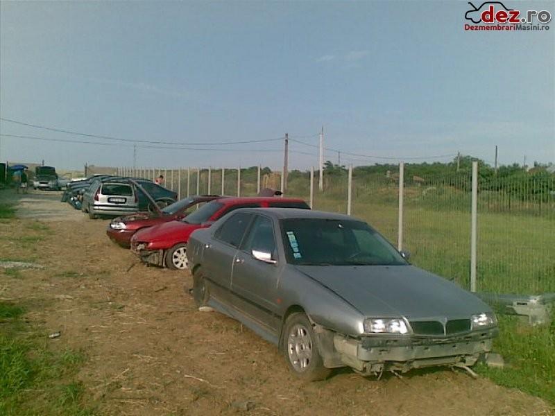 Dezmembrez lancia kappa   motor 2000 benzina  elemente de caroserie  motor  Dezmembrări auto în Craiova, Dolj Dezmembrari