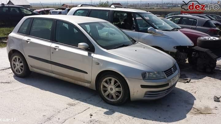 Dezmembrez Fiat Stilo 2400 Jtd An 2003  Dezmembrări auto în Craiova, Dolj Dezmembrari