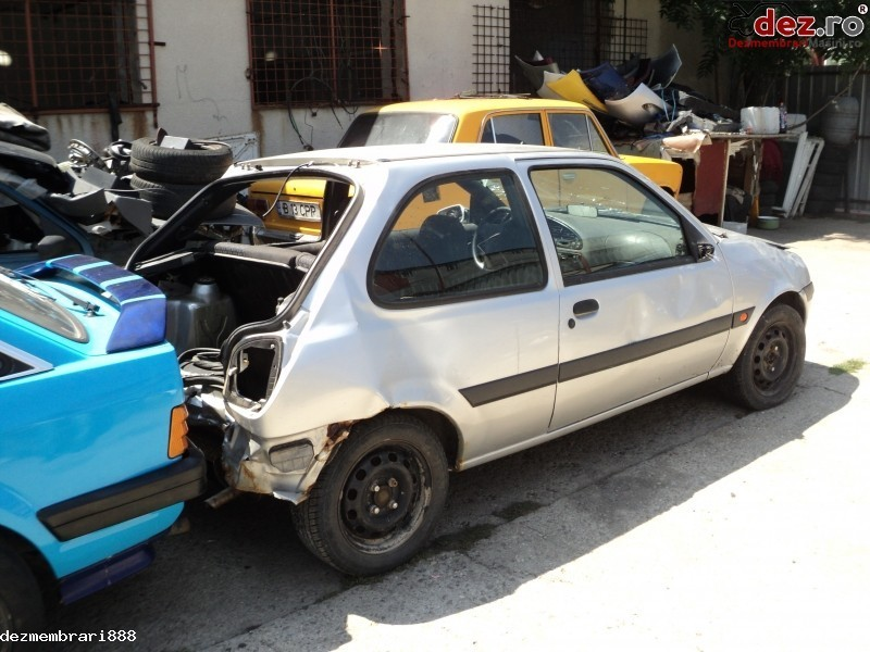 Cumpar Fiat Punto Rabla Lovita Dauna Totala Defecta Mașini avariate în Bucuresti, Bucuresti Dezmembrari
