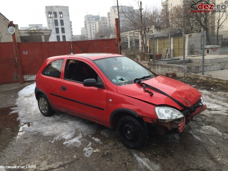 Cumpar Opel Corsa C Dauna Totala Lovit Avariat Mașini avariate în Bucuresti, Bucuresti Dezmembrari