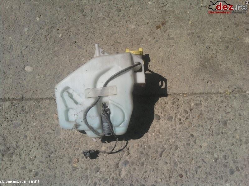 Rezervor apa stergator de parbriz Ford Courier 2000 în Bucuresti, Bucuresti Dezmembrari