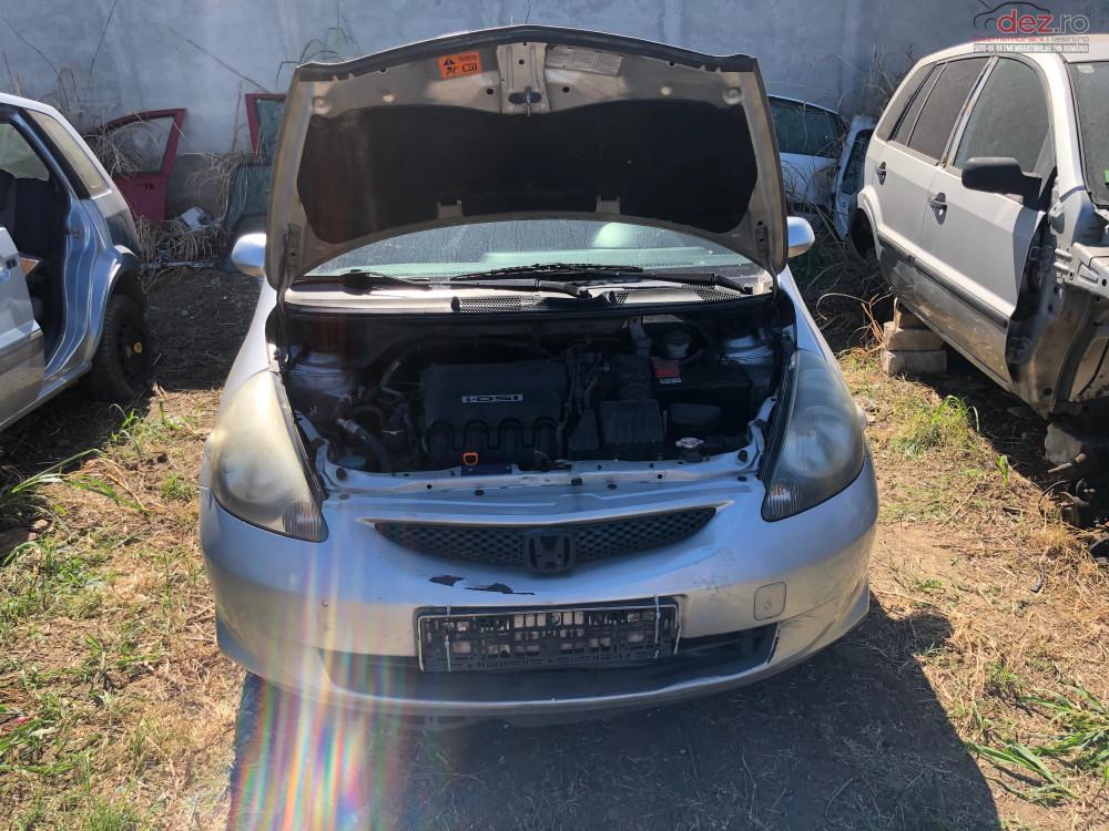 Dezmembrez Honda Jazz Dezmembrări auto în Bucuresti, Bucuresti Dezmembrari