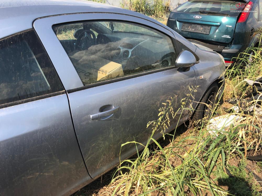 Usa Dreapta Opel Corsa D Coupe în Bucuresti, Bucuresti Dezmembrari