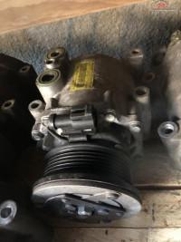 Compresor Ac Ford Fiesta 1 4 Benzina Piese auto în Bucuresti, Bucuresti Dezmembrari
