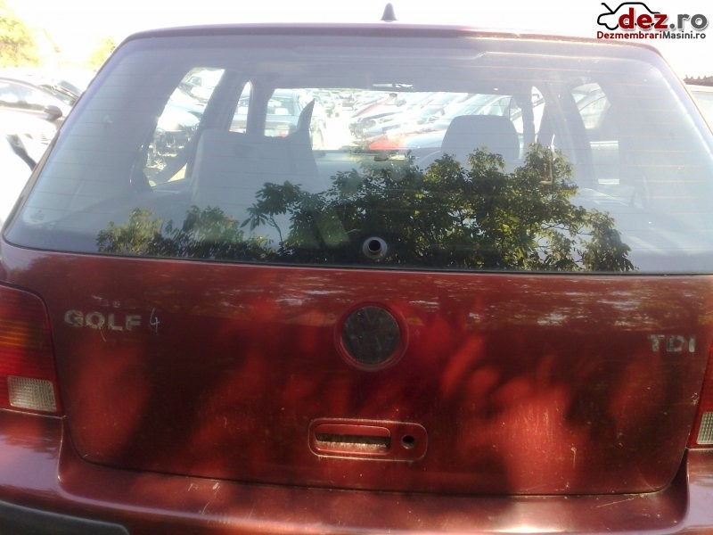 Hayon Volkswagen Golf 2000 în Valea Seaca, Iasi Dezmembrari
