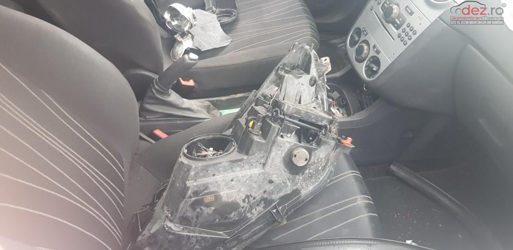 Dezmembrez Opel Corsa D Din 2011 Motor 1 3 Diesel Tip A13dtc Dezmembrări auto în Belciugatele, Calarasi Dezmembrari
