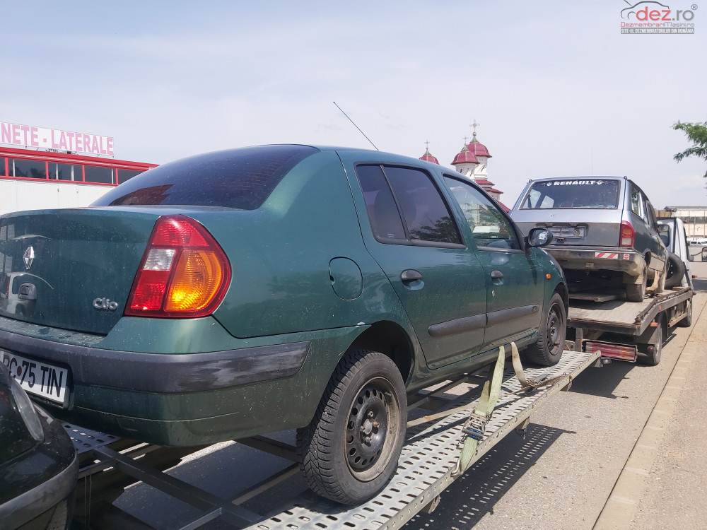 Dezmembrez Renault Clio Dezmembrări auto în Moinesti, Bacau Dezmembrari