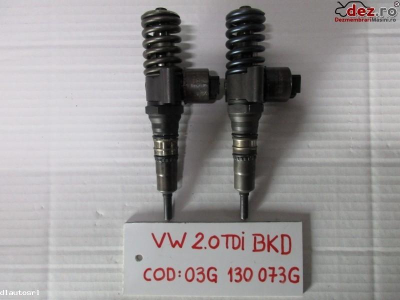 Injector Volkswagen Golf 5 2006 cod 03G130073G