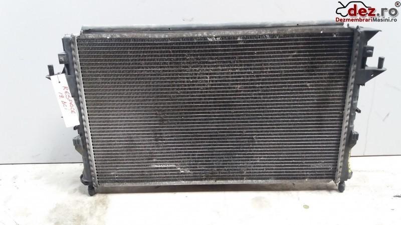 Radiator apa Renault Espace 2004 cod 8200008765 Piese auto în Cosereni, Ialomita Dezmembrari
