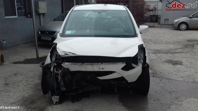 Dezmembrez Hyundai Ix20 1 6crdi Din 2013  Dezmembrări auto în Cosereni, Ialomita Dezmembrari