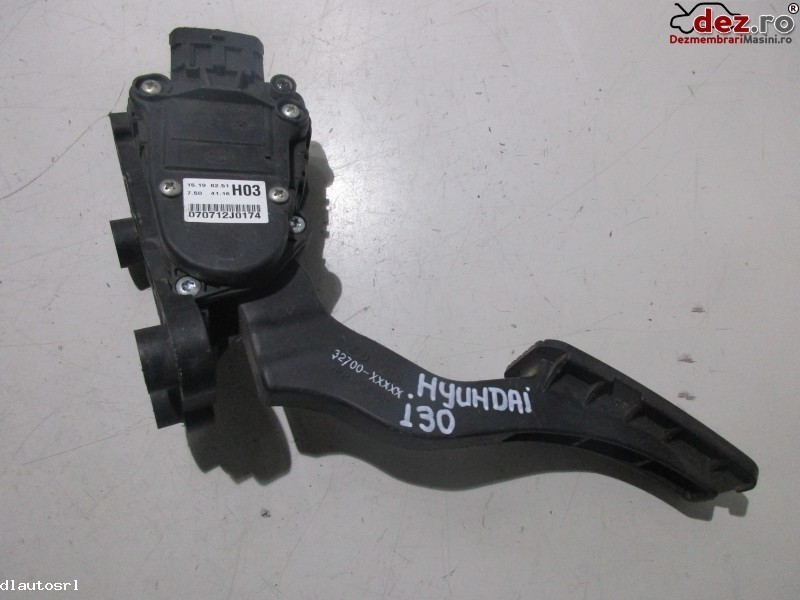 Pedala Acceleratie Hyundai I30 Cod    32700    Xxxxx 070712j0174  Dezmembrări auto în Cosereni, Ialomita Dezmembrari