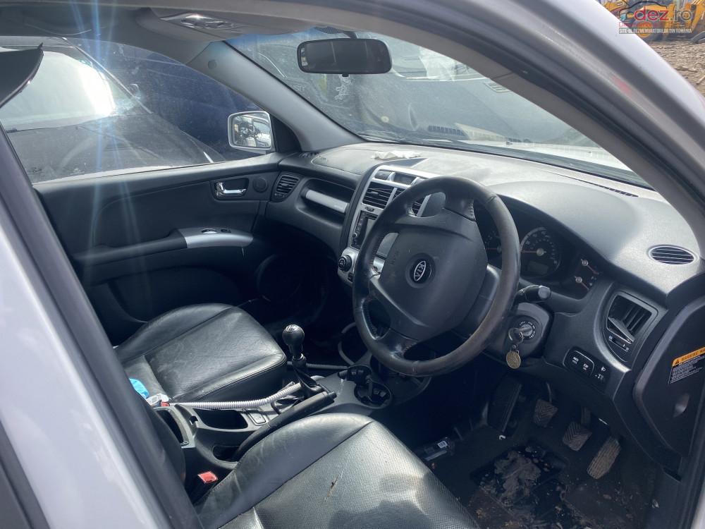 Dezmembrez Kia Sportage 2 0 Crdi 2006 Dezmembrări auto în Falticeni, Suceava Dezmembrari