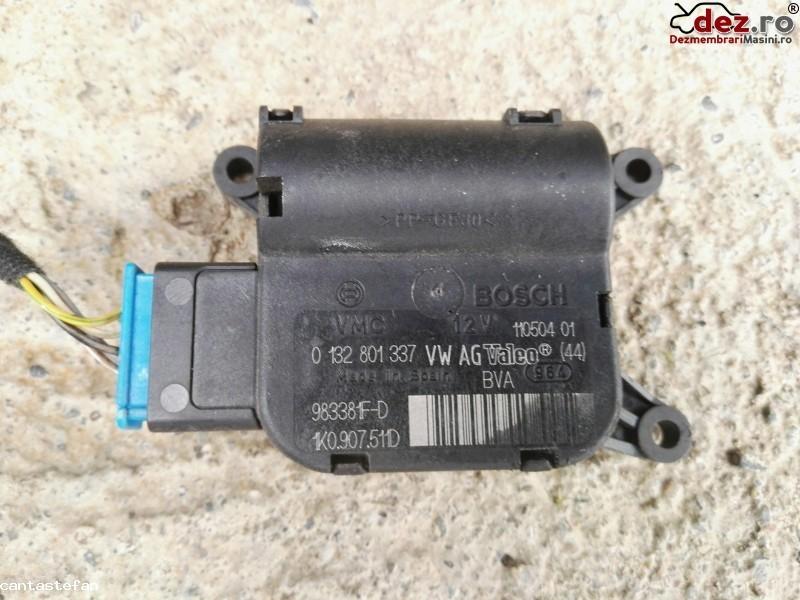 Comenzi clima Volkswagen Golf 2006 cod 0132801337