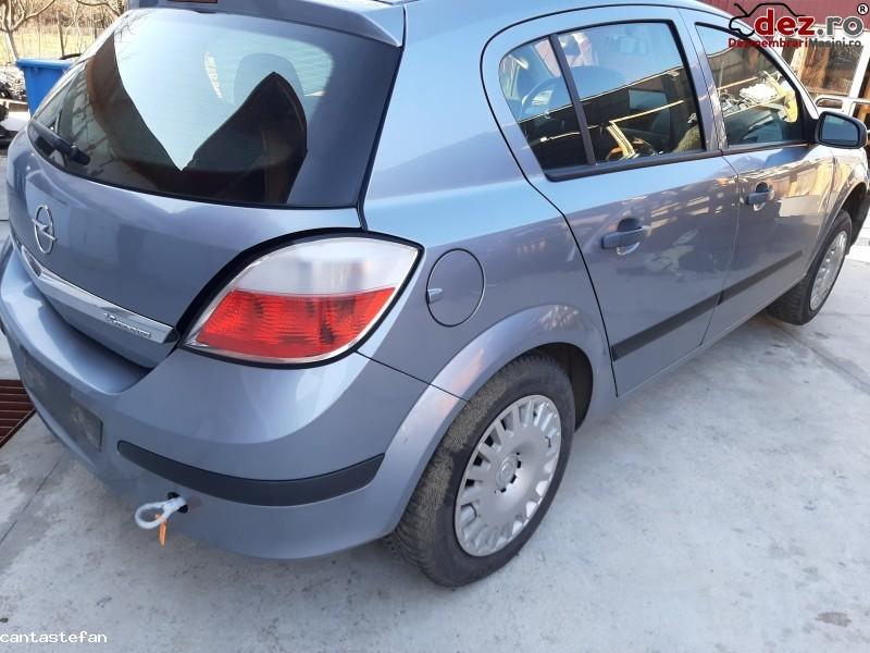 Dezmembrez Opel Astra H 1 6 Benzina Hatchback Din 2006 105 Cp în Baia Mare, Maramures Dezmembrari