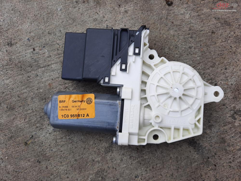 Vand Motoras Macara Dreapta Spate Vw Golf 4   2005   Cod 1c0959812a   Pret 60 Ron Dezmembrări auto în Baia Mare, Maramures Dezmembrari