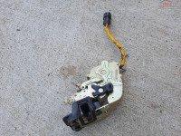 Vand Incuietoare Usa Stanga Spate Kia Sorento 2005 Piese auto în Baia Mare, Maramures Dezmembrari