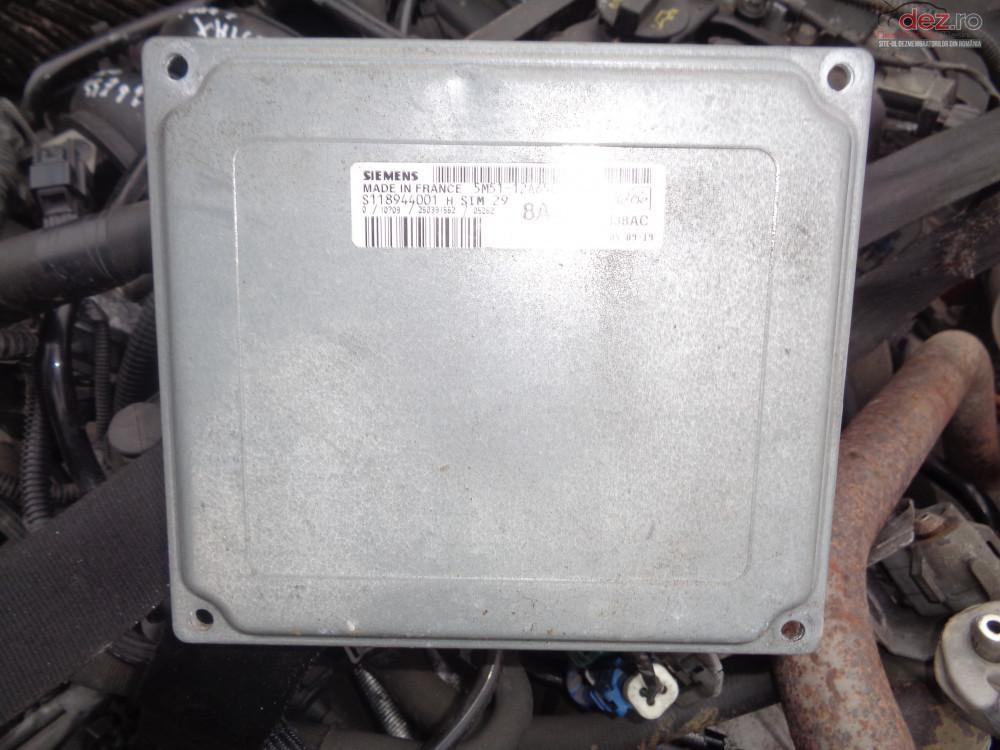 Vand Ecu Calculator Engine Controller Ford Focus 1 6i Cod 8azg cod 8AZG Piese auto în Sarmasag, Salaj Dezmembrari