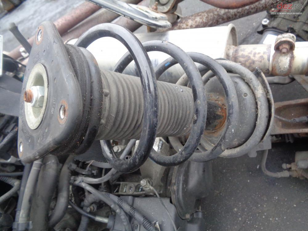 Vand Amortizor Arc Fata Dreapta Stanga Ford Focus2 1 6i cod 334838 Piese auto în Sarmasag, Salaj Dezmembrari