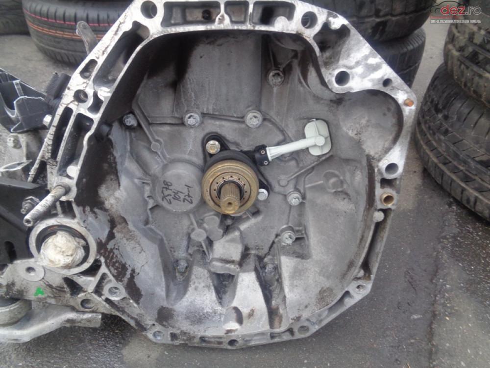 Vand Cutie De Viteza Manuala Dacia Dokker 1 5dci Din 2012 cod 8200977061 Piese auto în Sarmasag, Salaj Dezmembrari