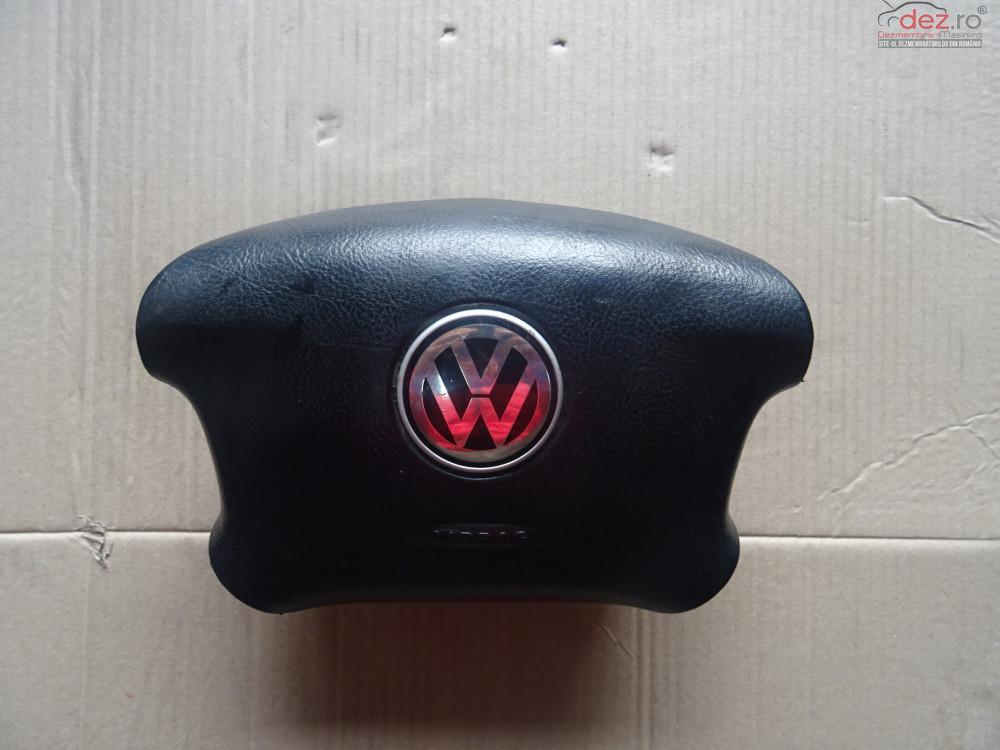 Vand Airbag Volan In Patru Spite Volkswagen Golf 4 Volan Pe Stanga cod 3B0880201AN Piese auto în Sarmasag, Salaj Dezmembrari