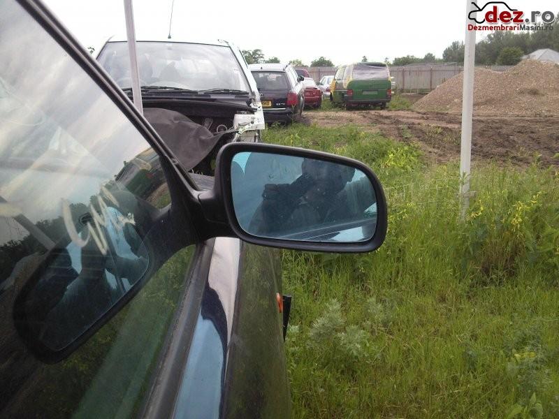 Dezmembrez audi a4 1  8 benzina  Dezmembrări auto în Dranceni Sat, Vaslui Dezmembrari
