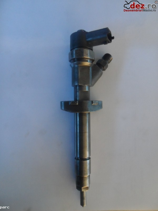 Injector Renault Avantime 2003 cod 0445 110 084 Piese auto în Ardeoani, Bacau Dezmembrari
