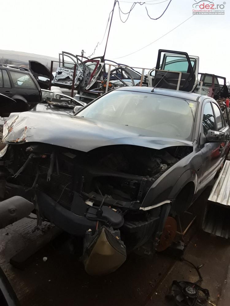 Dezmembrez Ford Mondeo 2004 1 8i 125cp Dezmembrări auto în Ardeoani, Bacau Dezmembrari