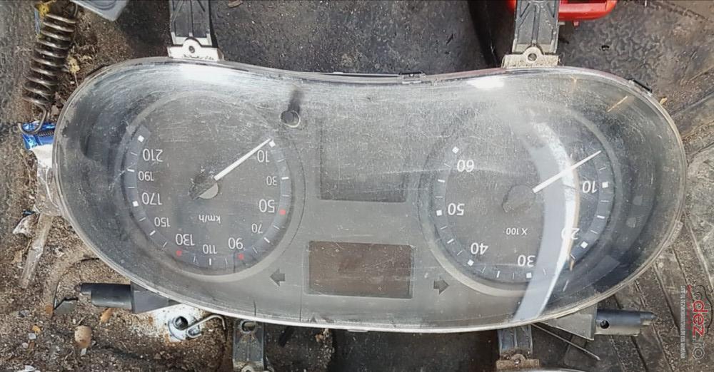 Ceasuri De Bord Renault Trafic Facelift In Km De Europa Piese auto în Snagov, Ilfov Dezmembrari