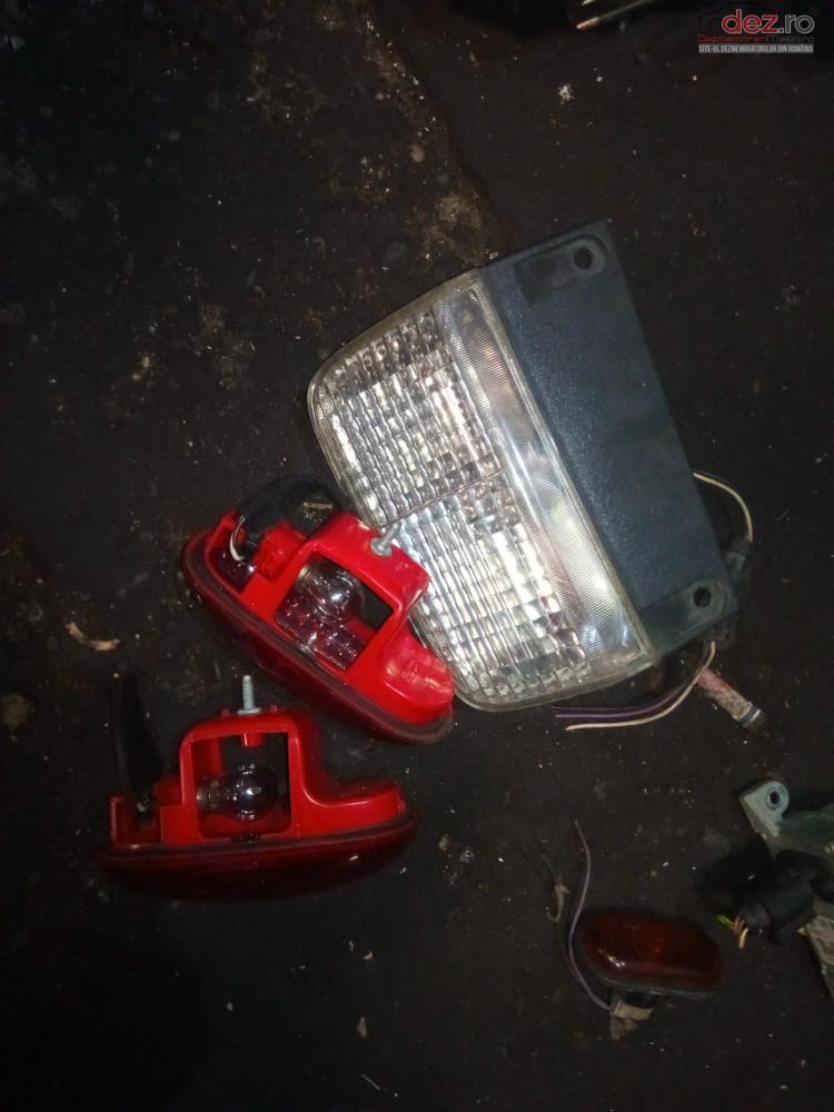 Lampa Stop Usa Trafic Piese auto în Snagov, Ilfov Dezmembrari