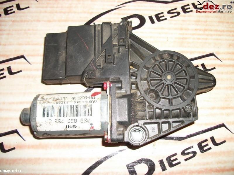 Macara usa Volkswagen Passat B5 2002 cod 130821696 în Bodesti, Neamt Dezmembrari