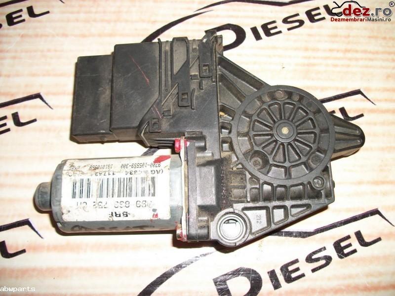 Macara usa Volkswagen Passat B5 2002 cod 0130821696 în Bodesti, Neamt Dezmembrari