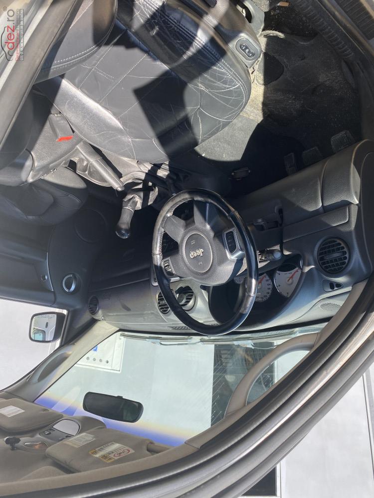 Dezmembrez Jeep Cherokee Din 2004 Motor 2 5 Crd Cutie Manuala 4x4 Dezmembrări auto în Craiova, Dolj Dezmembrari