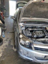 Dezmembrari Opel Astra Gtc Din 2007 Dezmembrări auto în Craiova, Dolj Dezmembrari