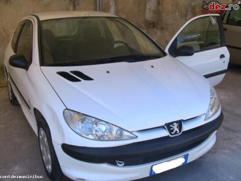 Vindem comenzi butoane peugeot 206 an fabricatie 2001 motorizare 1 4 1 6... în Bucuresti, Bucuresti Dezmembrari