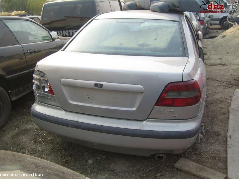 De vanzare carenaj motor volvo s40 an fabricatie 1999 motorizare 1 6 si 1 8... în Bucuresti, Bucuresti Dezmembrari