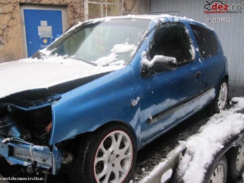 Am de vanzare tapiterie interior renault clio an fabricatie 2001 motorizare... în Bucuresti, Bucuresti Dezmembrari