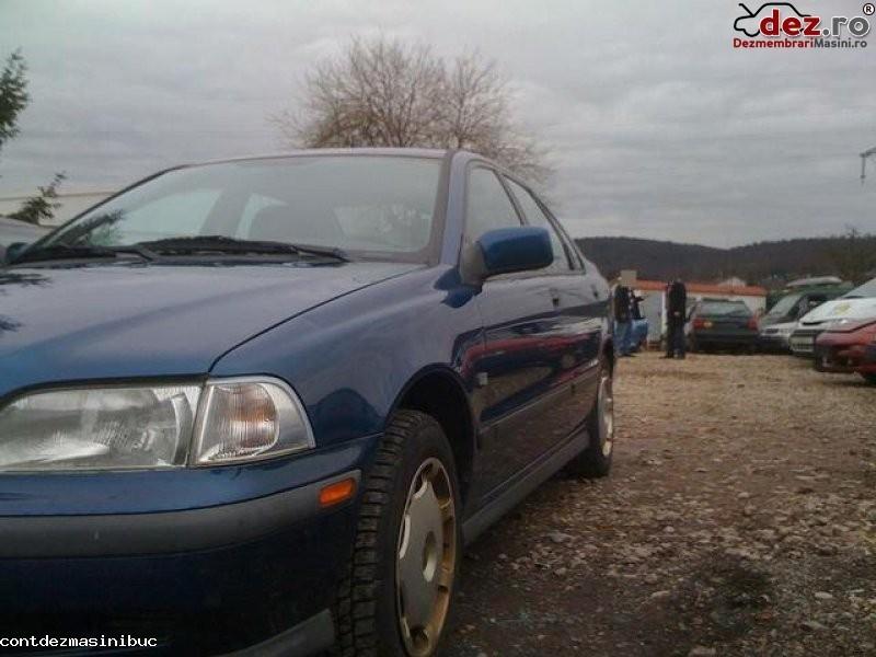 Vindem faruri volvo s40 an fabricatie 1999 motorizare 1 6 si 1 8 benzina de la în Bucuresti, Bucuresti Dezmembrari