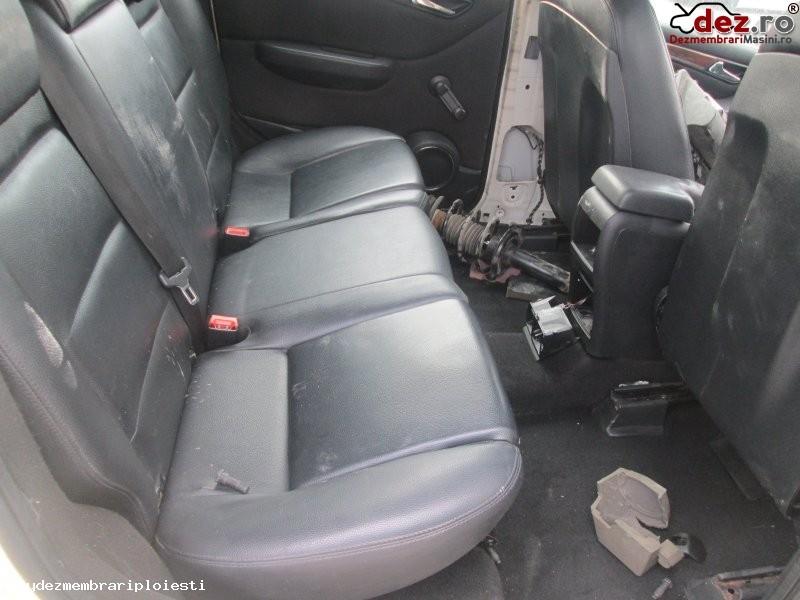 Vand set canapele din piele pentru mercedes b class din 2006 motor 2 0d tip 640 Dezmembrări auto în Ploiesti, Prahova Dezmembrari