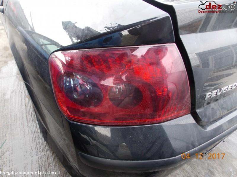Stop / Lampa spate Peugeot 407 2004