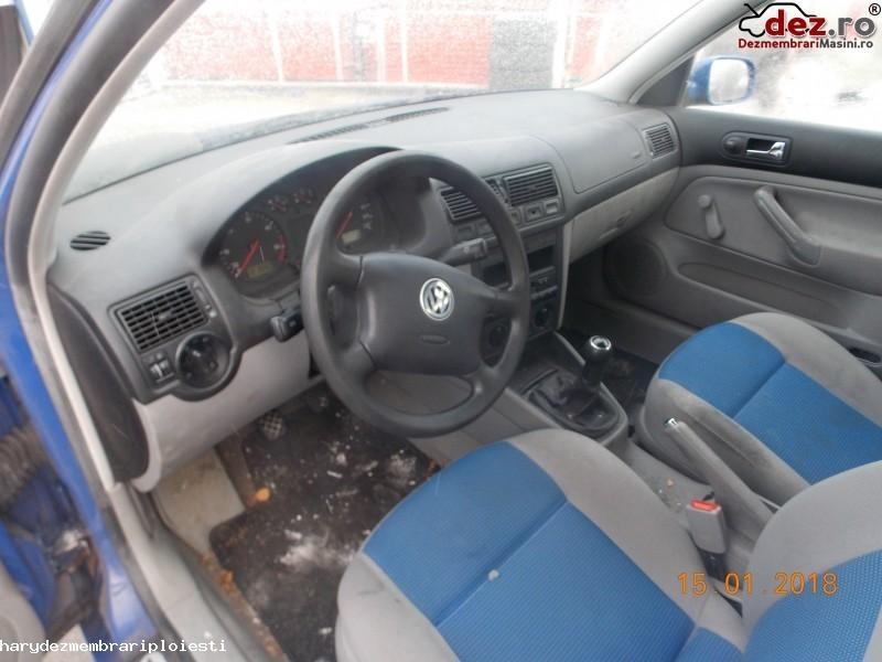 Plansa bord Volkswagen Golf 2000