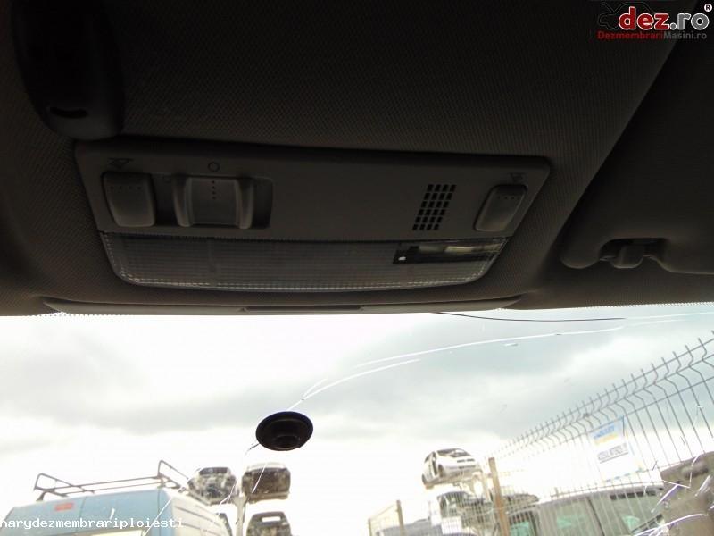 Lampa iluminare habitaclu Volkswagen Passat 2001