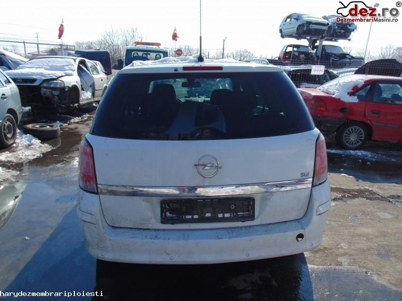 Hayon Opel Astra 2005