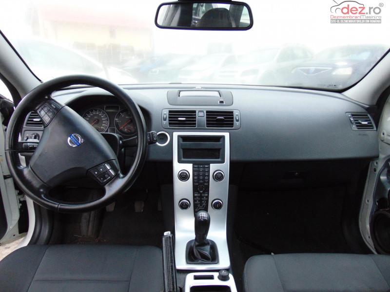 Dezmembram Volvo V50 2 0d4 Tip Motor D5204t An Fabricatie 2011 Dezmembrări auto în Bucov, Prahova Dezmembrari
