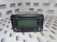 Radio Cd Avand Codul Original 1k0035186p Pentru Vw Jetta 2006 Piese auto în Bucov, Prahova Dezmembrari