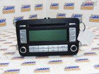 Radio Cd Avand Codul 1k0035186tx Pentru Vw Passat B6 2006 Piese auto în Bucov, Prahova Dezmembrari