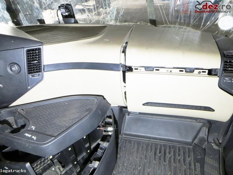 Flansa bord Mercedes Actros A9606806591 A9606803554 Dezmembrări camioane în Floresti, Cluj Dezmembrari