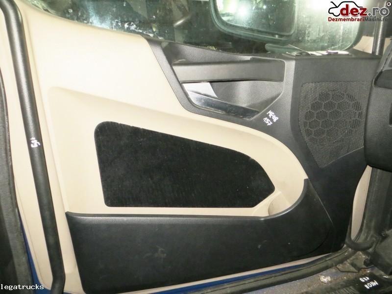 Fata de usa stanga Mercedes Actros A9607272471 Dezmembrări camioane în Floresti, Cluj Dezmembrari
